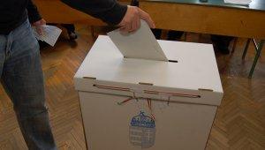 Az átjelentkezők tartózkodási helyükön, a költözők új lakóhelyükön szavazhatnak